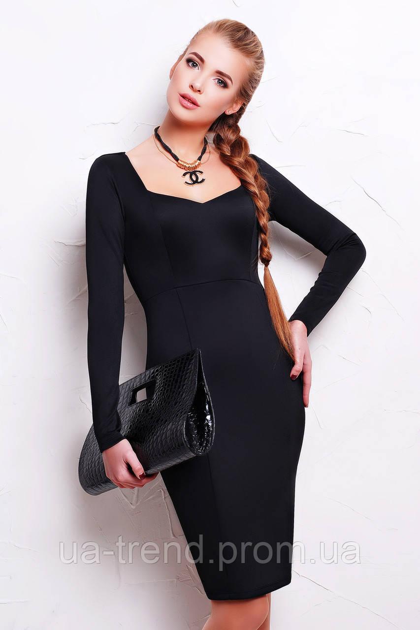 Элегантное обтягивающее платье длиной по колено