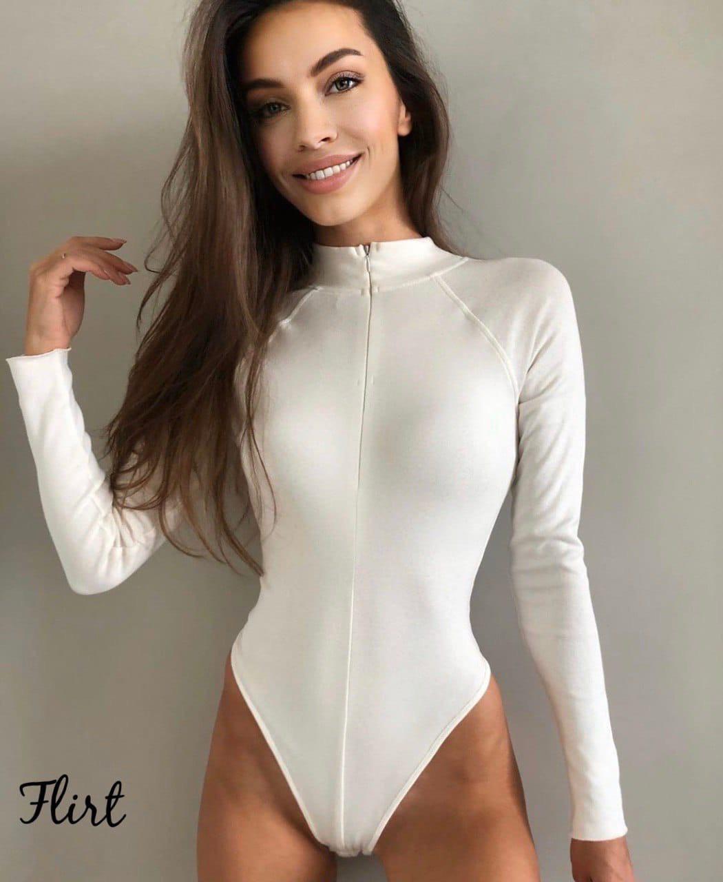 Трикотажное женское боди с молнией на груди и длинным рукавом 36kl417