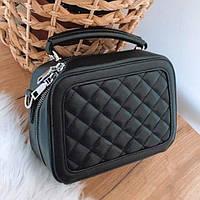 Черная сумочка на замочке
