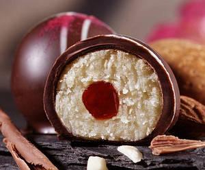 Марципановые батончики и конфеты