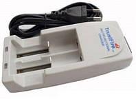 Універсальний зарядний пристрій TrutFire TR-001 для літієвих акумуляторів