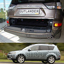 Пластикова захисна накладка на задній бампер для Mitsubishi Outlander XL 2006-2012