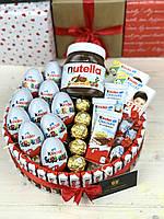 Оригінальний подарунок/ Подарунок на день народження/ Торт з Kinder chocolate