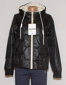 Жіноча коротка куртка з капюшоном XL