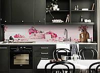 Виниловый кухонный фартук Лепестки декоративная пленка наклейка скинали ПВХ розовые розы цветы 600*2500 мм