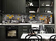 Виниловый кухонный фартук Желтый акцент (декоративная пленка наклейка скинали ПВХ) розы цветы кувшины Серый 600*2500 мм, фото 1