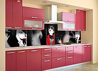 Кухонный фартук Девушка в красном (пленка наклейка скинали ПВХ) комиксы Люди силуэты Черный 600*2500 мм, фото 1