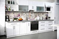 Кухонный фартук Весенний Прованс (виниловая пленка наклейка скинали ПВХ) улицы сирень Фиолетовый 600*2500 мм, фото 1