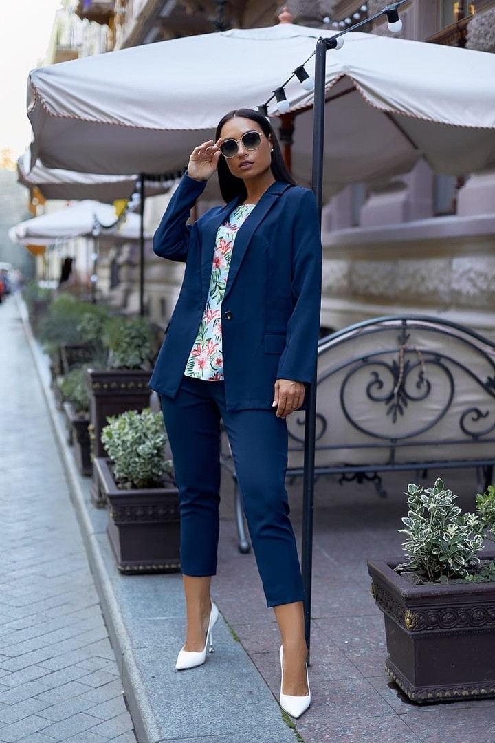 Женский брючный костюм тройка пиджак+блуза+брюки батал размер:48-50,52-54,56-58,60