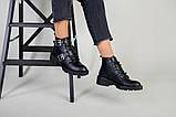 Женские демисезонные черные кожаные ботинки с лямками, фото 9