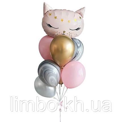 Кулі на ін дівчинці з фігурою кішечка, фото 2