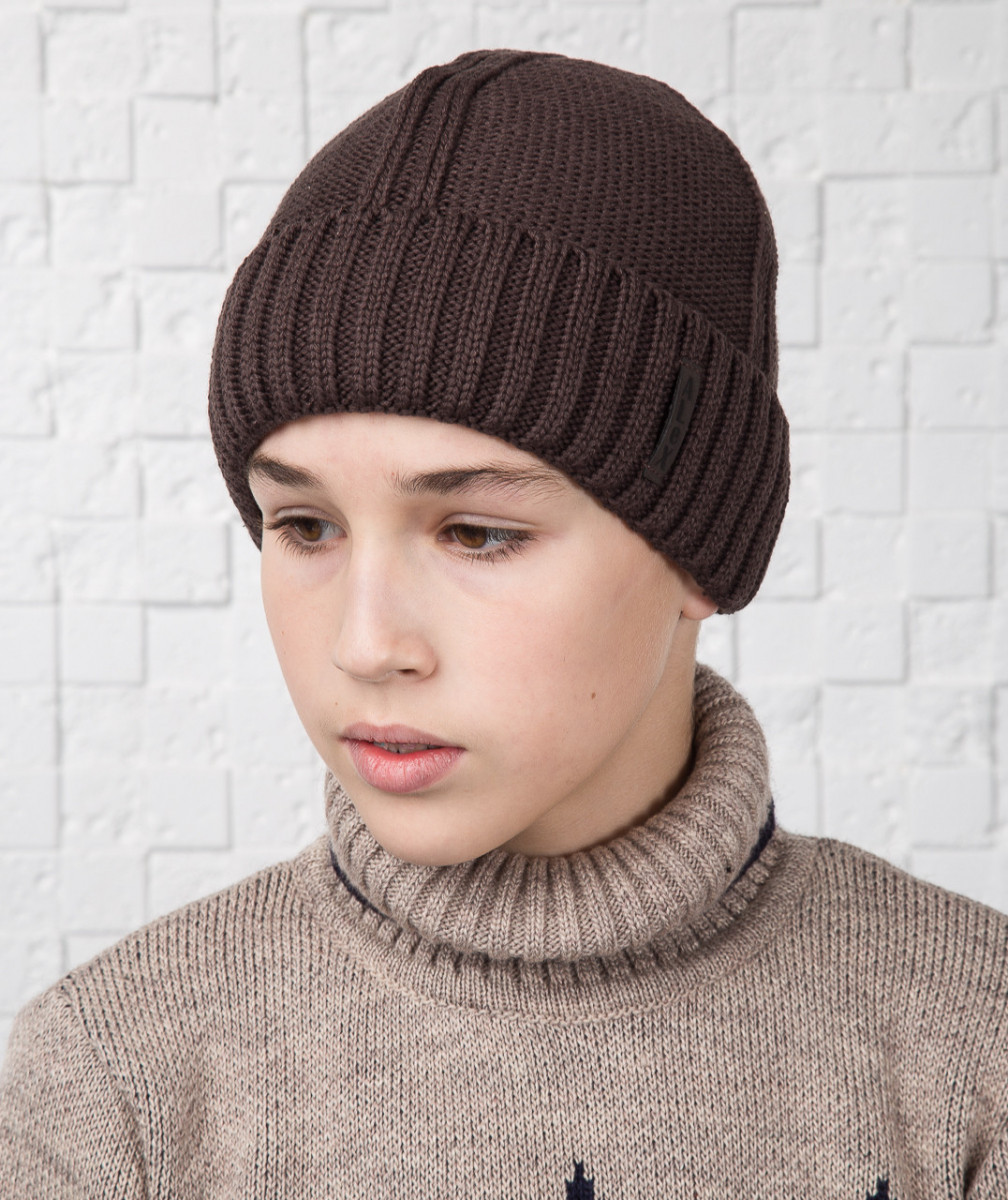 Зимняя вязаная шапка для мальчика подростка на флисе (кофе) - Артикул AL17034