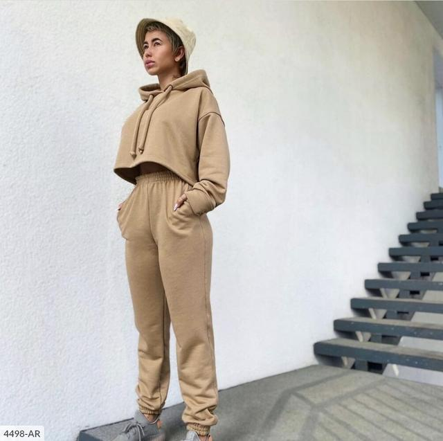 Женский спортивный костюм из трехнитки на флисе Укороченный худи с капюшоном и широкие штаны