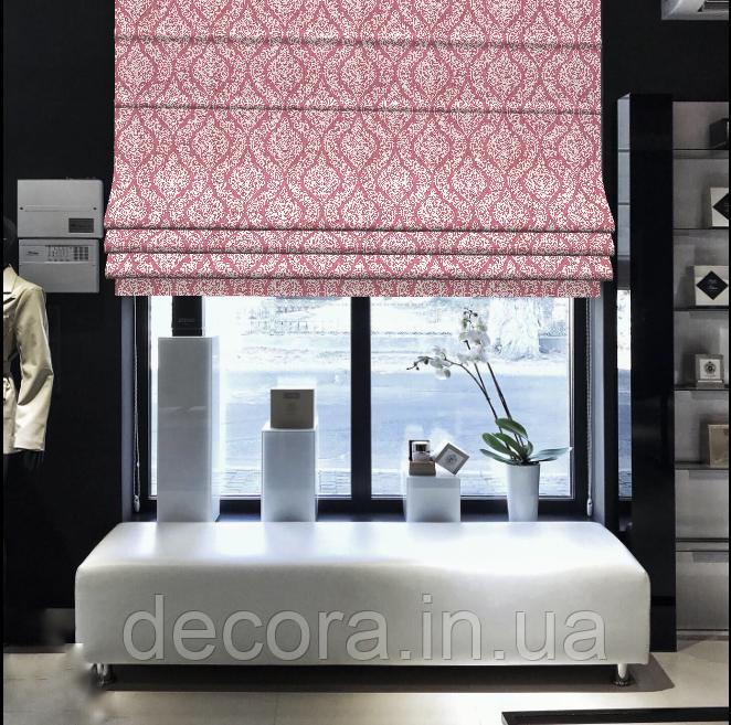 Римська штора з білим візерунком на рожевому фоні