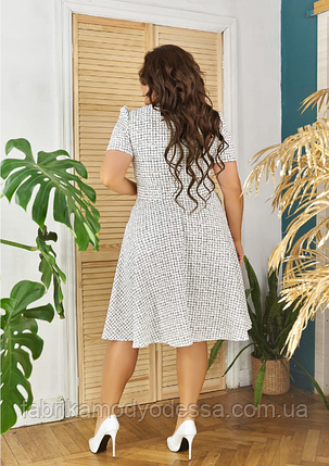 Клетчатое платье цвет белый батал Размеры: 48.50.52.54., фото 2