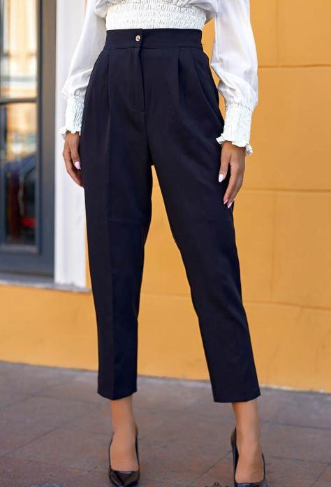 Черные брюки Размеры: 42.44.46.48