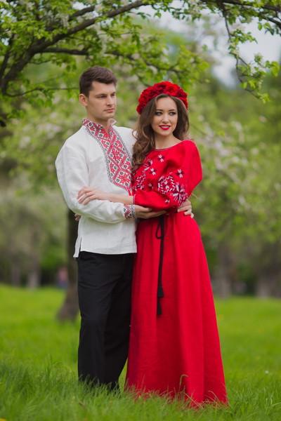 """Вышиванка мужская и женское платье  - Интернет магазин """"Вышиванко"""" в Киеве"""