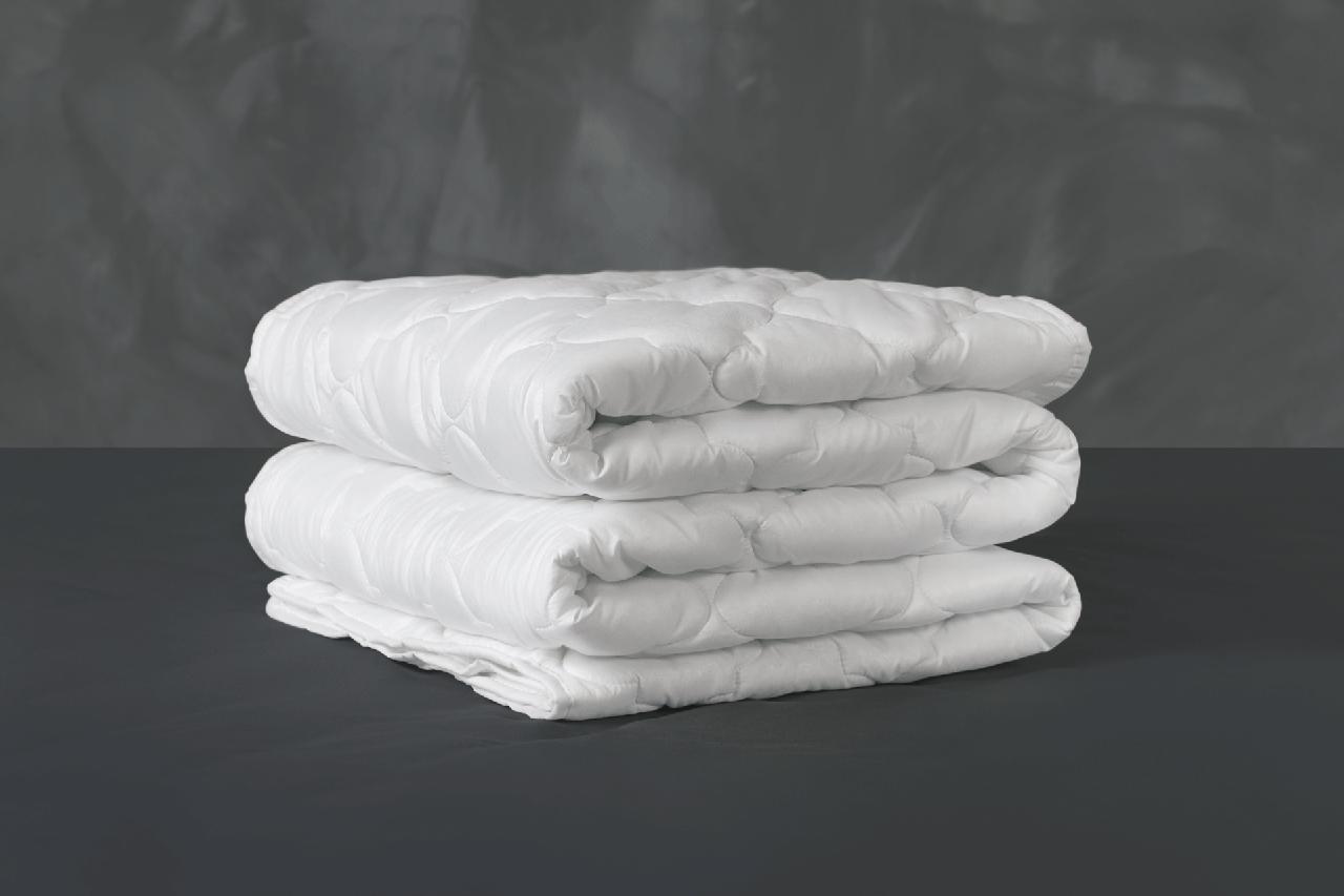 Одеяло силиконовое облегченное MIRTEX Microfiber/Silicone Light