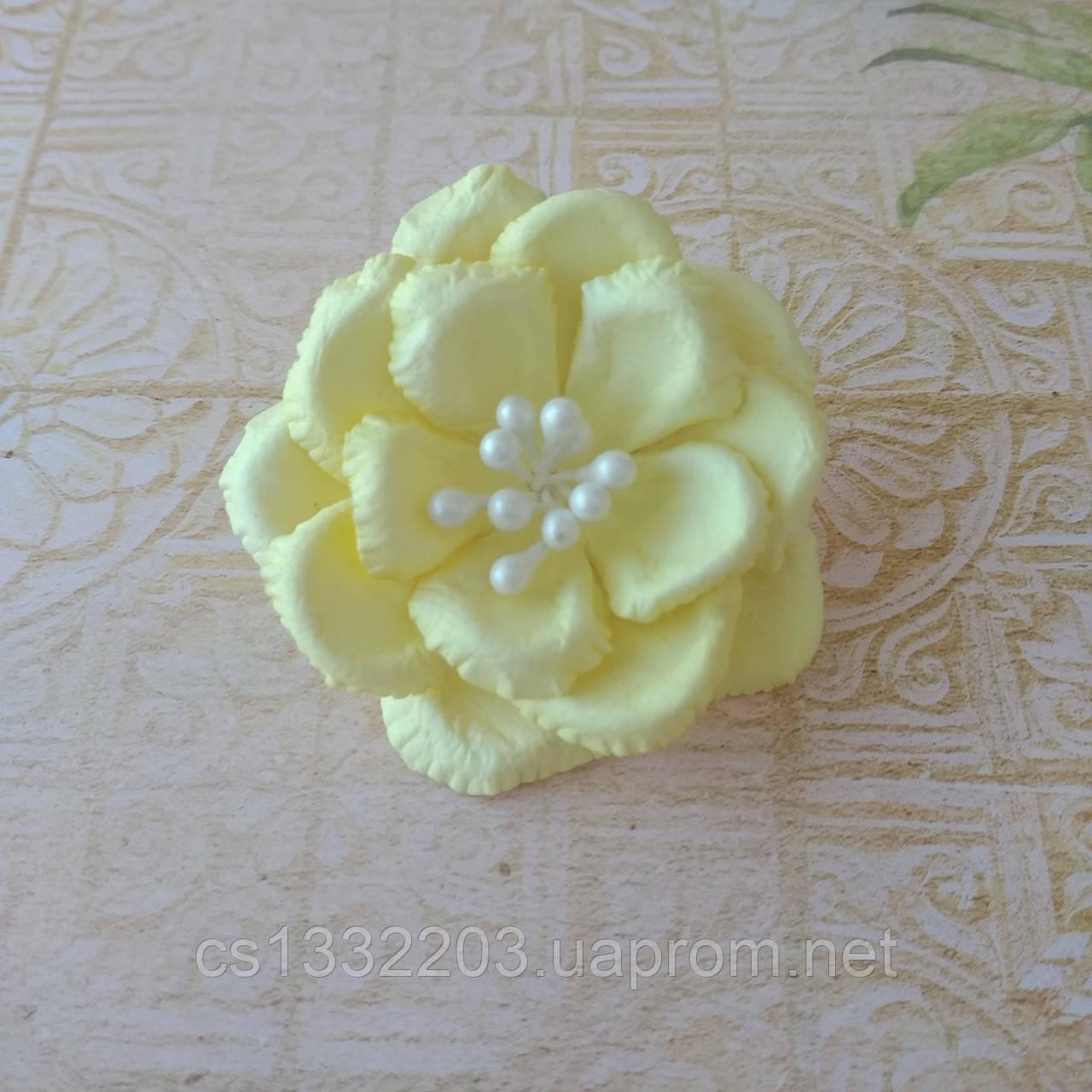 Квітка 4,5см (ручна робота)