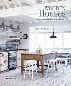 Частная архитектура. Wooden Houses: From log cabins to beach houses