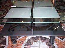 Стол журнальный из стекла