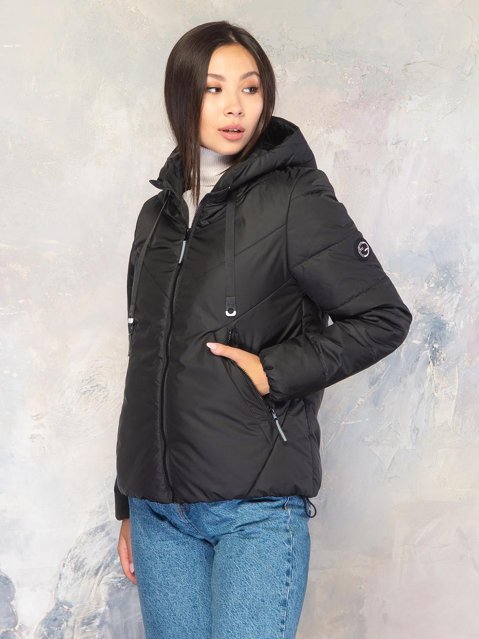 Стильная женская куртка размер плюс Лира черная (42-56)