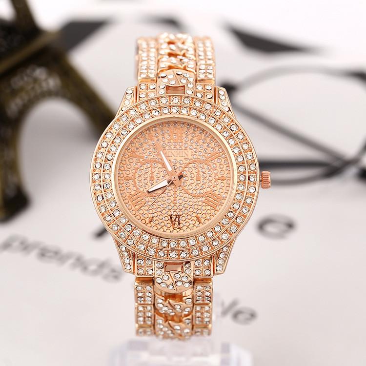 Женские часы с золотистым браслетом код 620