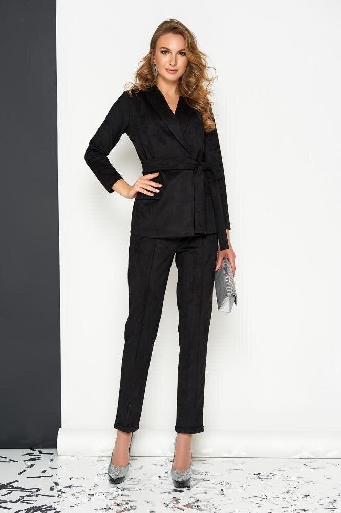 Женский деловой брючный костюм замшевый черный, 54