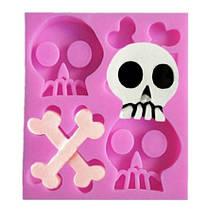 "Молд Хэллоуин ""Череп и кости"" - размер молда 9*7,5см, пищевой силикон"