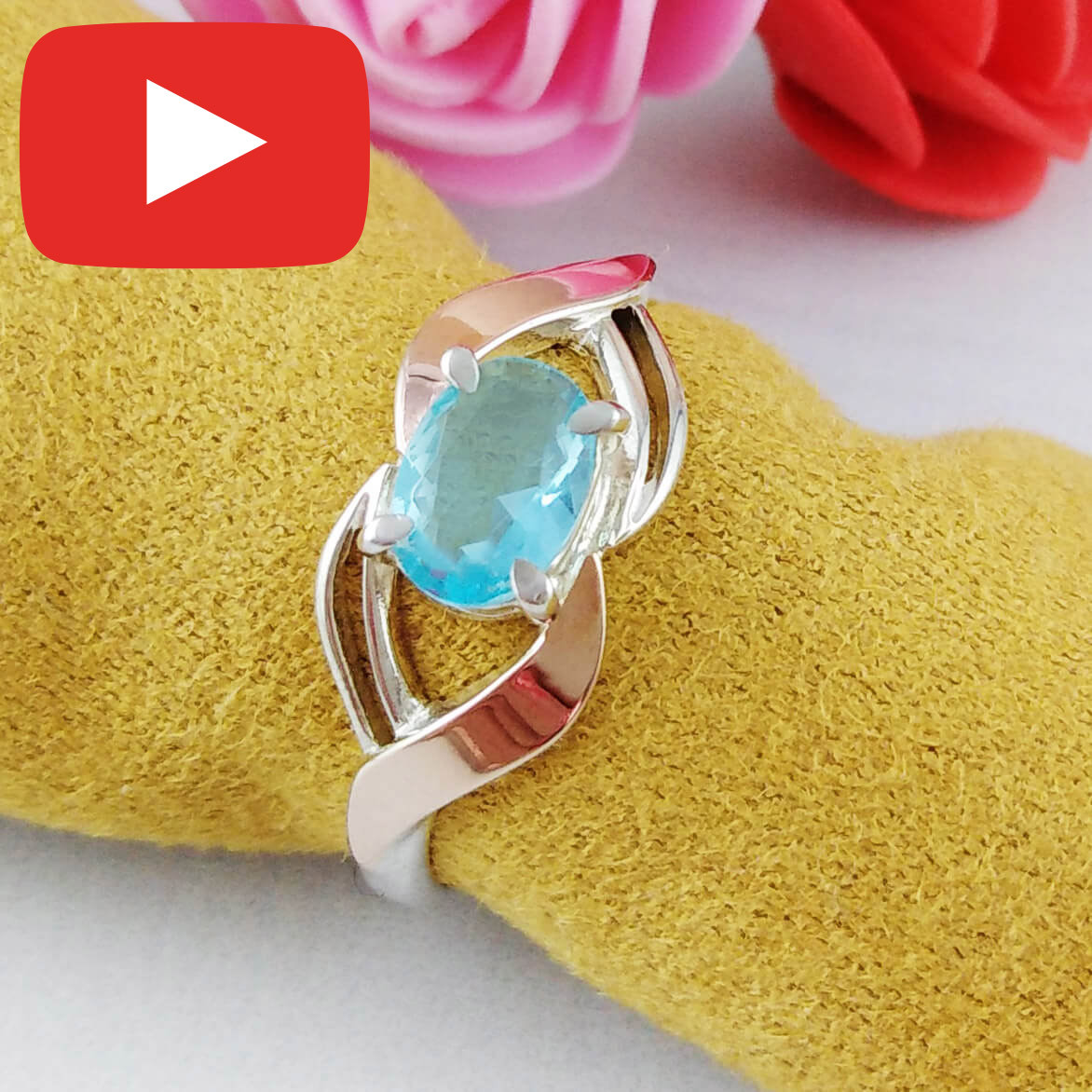 Серебряное кольцо с золотыми вставками размер 18,5  235/г к голубой