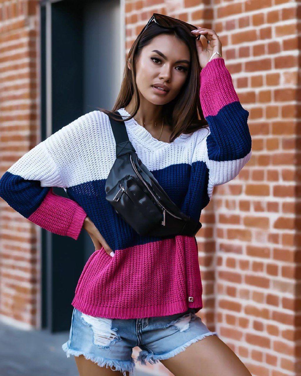 Свободный женский свитер машинная вязка в полоску