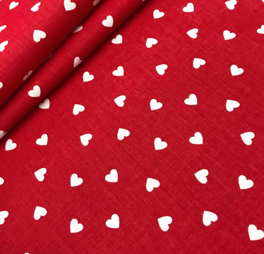 """Польская хлопковая ткань """"сердца мелкие белые на красном"""""""