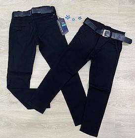 Темные джинсы для мальчика в школу