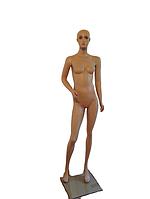 Манекен жіночий в повний зріст