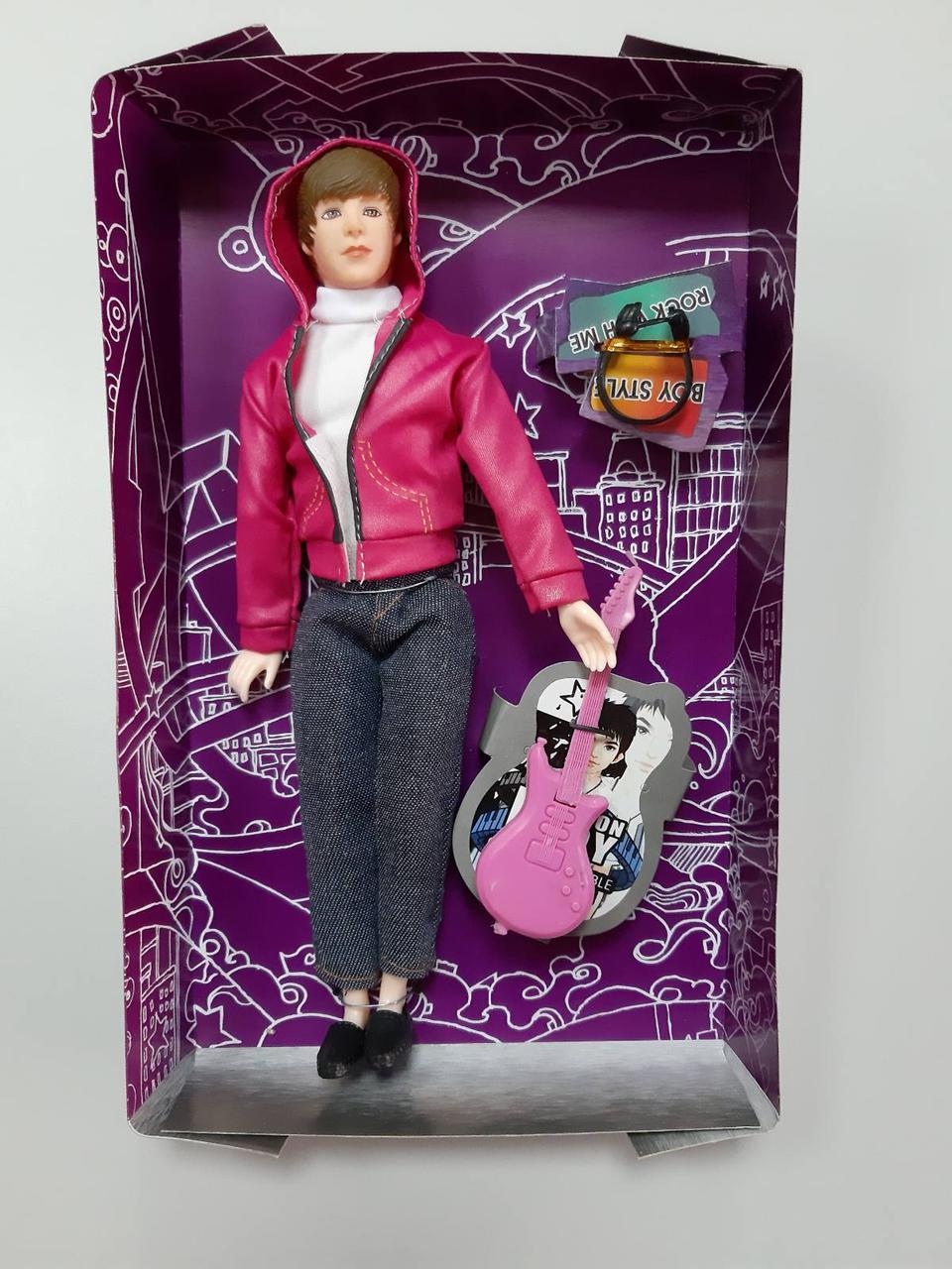 Кукла Кен розовая куртка с гитарой