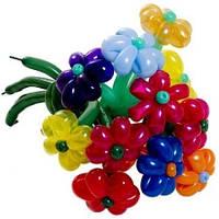 Цветок из воздушных шаров