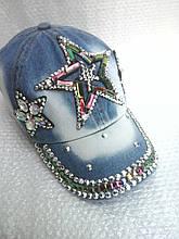 Кепка джинсовая с камнями бабочка