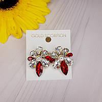 Сережки гвоздики с прозрачными и красными камнями и жемчугом
