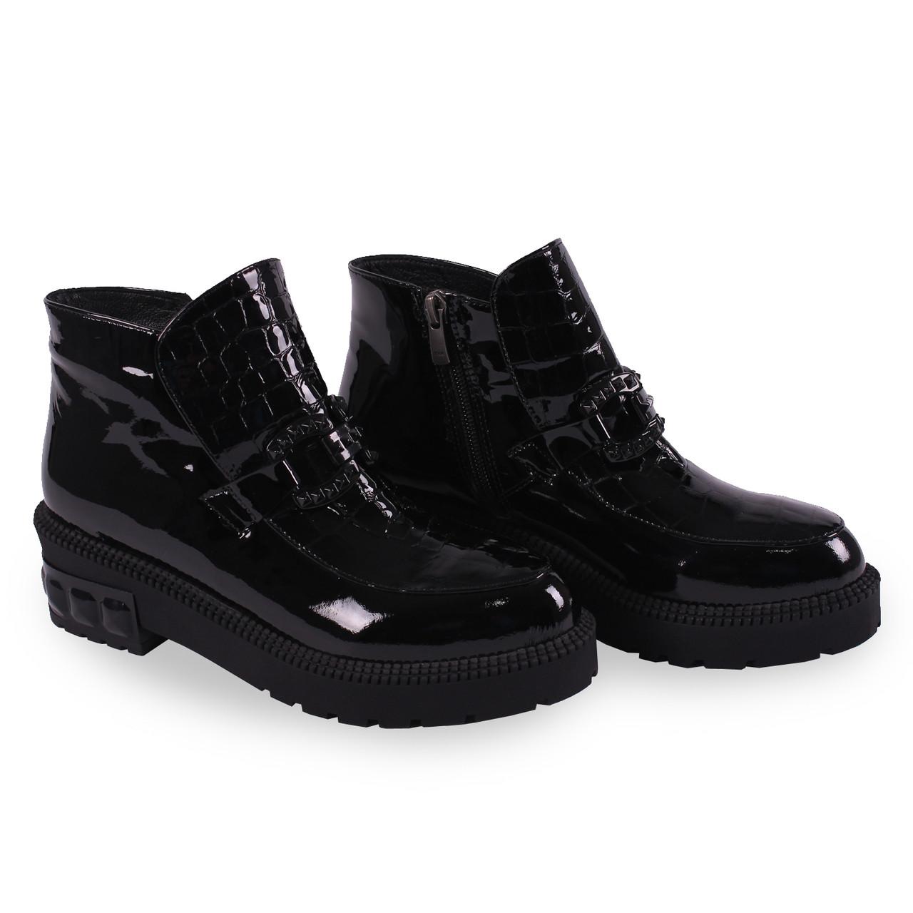 e4d9649b1495b4 37 размер Стильные ботинки Aquamarin(натуральный лак, осень, тракторная  подошва, красивая пряжка, черные