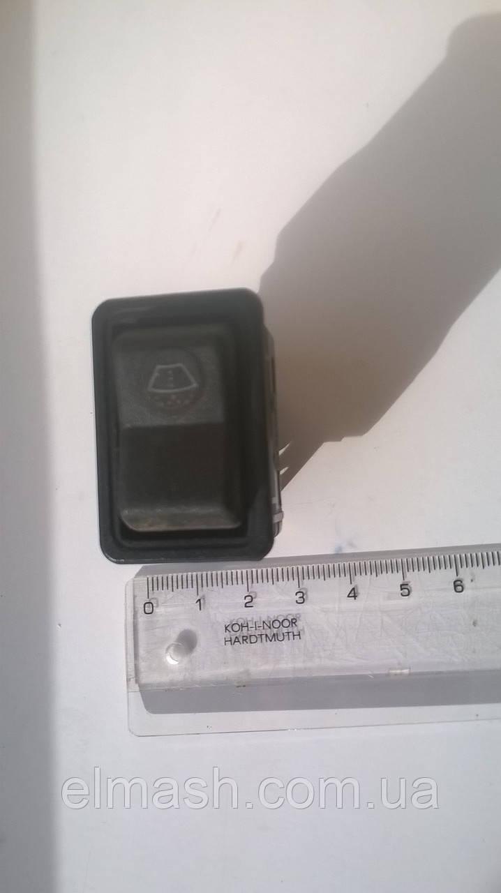 Выключатель клавишный омывателя ветрового стекла ПАЗ