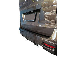 Накладка на задній бампер V1 (під фарбування) Mercedes Vito / V W447 2014↗ рр.