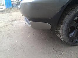 BMW X5 E-53 1999-2006 рр. Накладка на задній бампер (під фарбування)