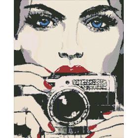 """Набір з алмазною мозаїкою """"Дівчина з фотоапаратом"""" 40*50 см."""