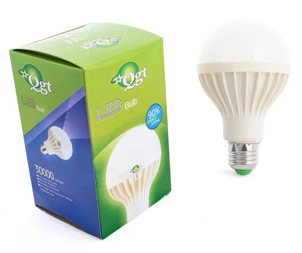 Светодиодная лампочка QGT 7W 6000K 220V E27