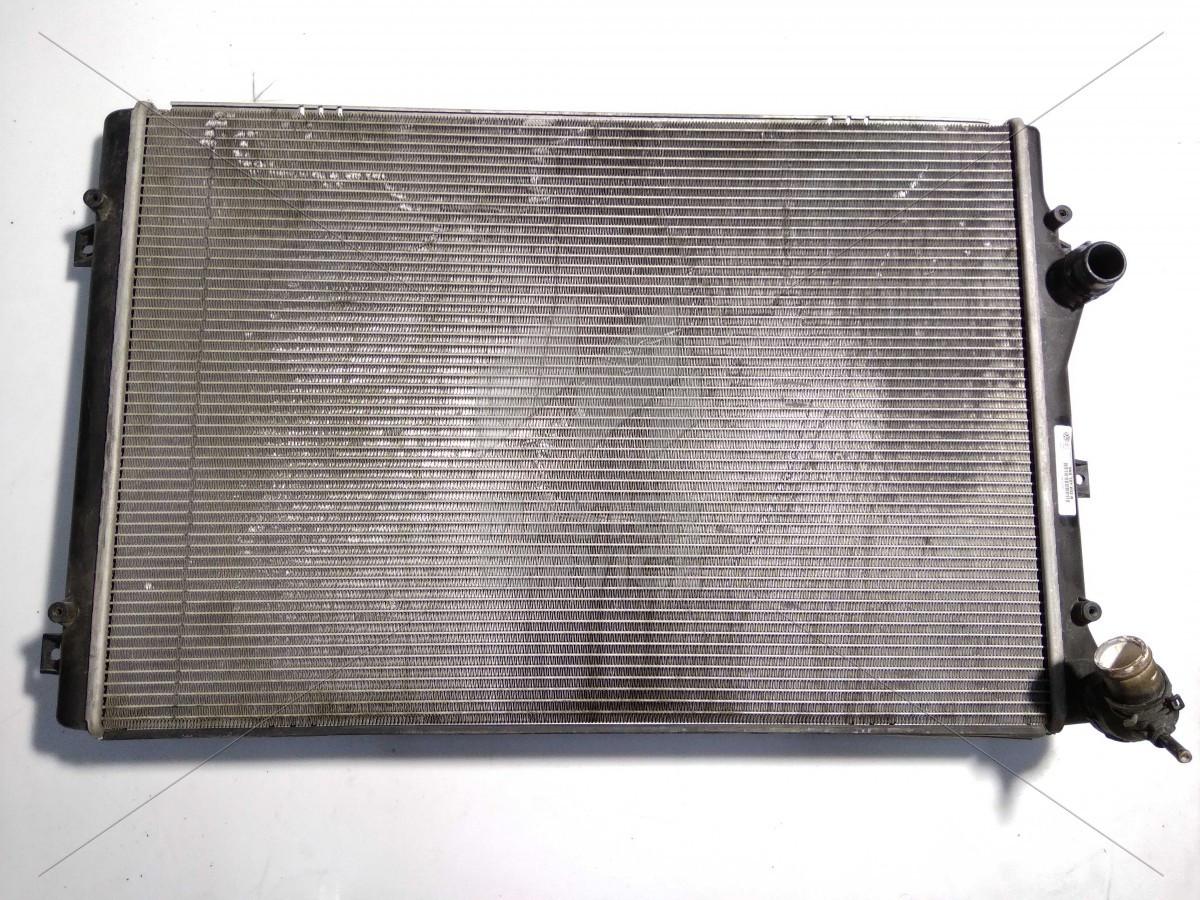 Радиатор основной для VW Passat B7 (Европа) 2010-2015 001M24, 58002207, 5K0121251AA, 5K0121251J, 5K0121253B,
