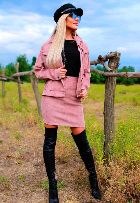 Вельветовый костюм: юбка и куртка Размеры: 42-44, 44-46