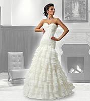 Прокат 1500 грн. Свадебное платье для невесты Loretta со шлейфом