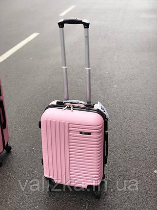 Пластиковый чемодан маленький розовый для ручной клади, фото 2