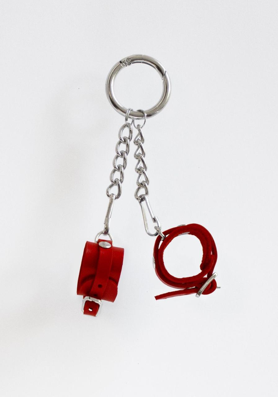 Брелок Наручники с пряжкой Красный