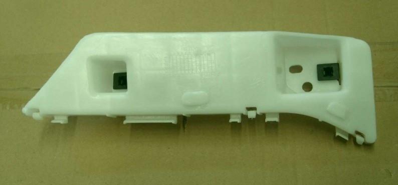 Кронштейн бампера переднего L Geely EC7